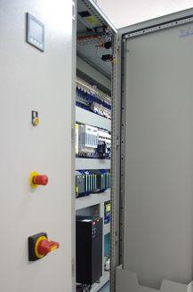control-cabinet-778666_640.jpg